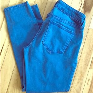 💛3 for $20💛 Blue cropped Jeans